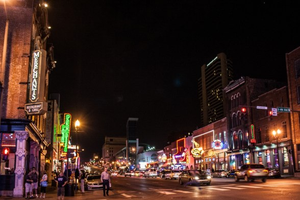 Broadway-Downtown-Nashville-7